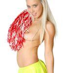 Nesty Cheerleader